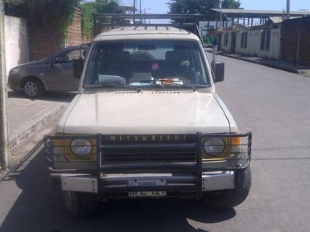 Mitsubishi Montero 1987 1997 gasolina automático $5.000