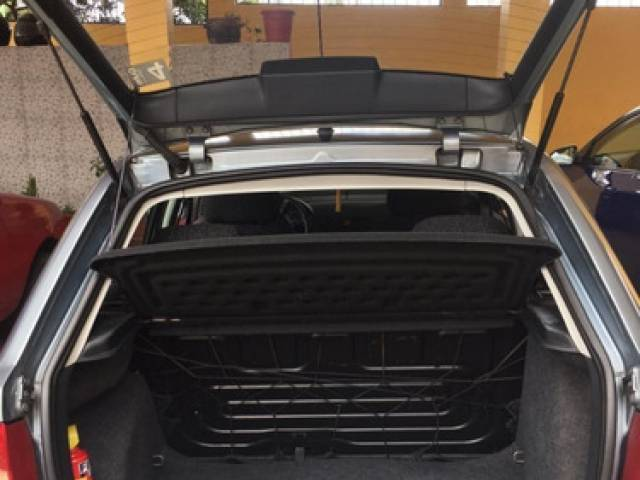 Skoda Fabia fabia 1.4 Hatchback gris gasolina Quito