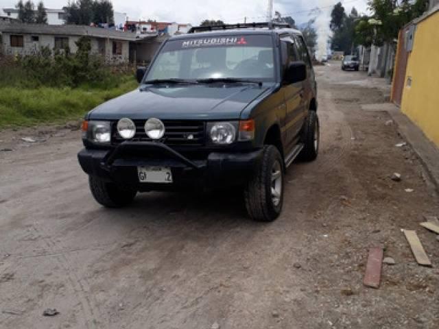 Mitsubishi Montero jeep automático 283.800 kilómetros $8.600